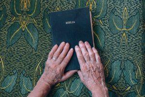 O nosso maior alicerce: A Bíblia