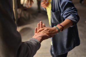 7 Passos Práticos para Orar por Cura