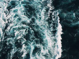 Ou enfrentamos as tempestades ao lado de Jesus, ou seremos vencidos diante dos primeiros ventos